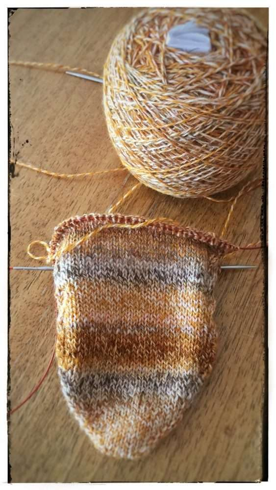 Cross & Woods | Sock a Long