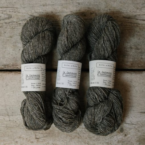 Biches en Bûches le cashmere & lambswool grey brown