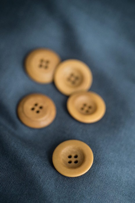 Merchant & Mills Corozo Button Gold