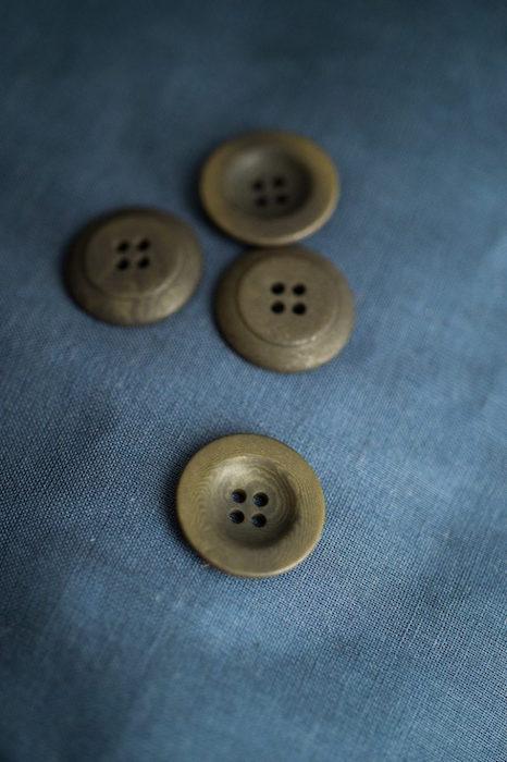 Merchant & Mills Corozo Buttons Khaki