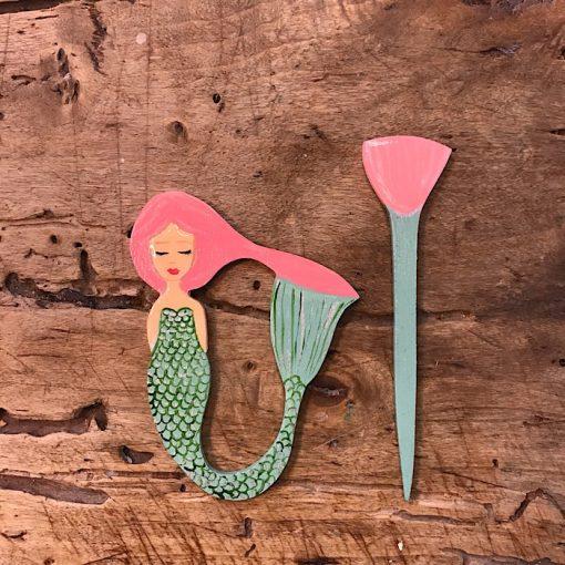 Zoownatas mermaid pin