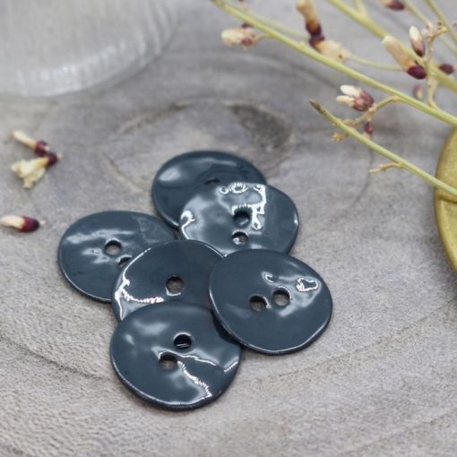 Atelier Brunette glossy-buttons-forest