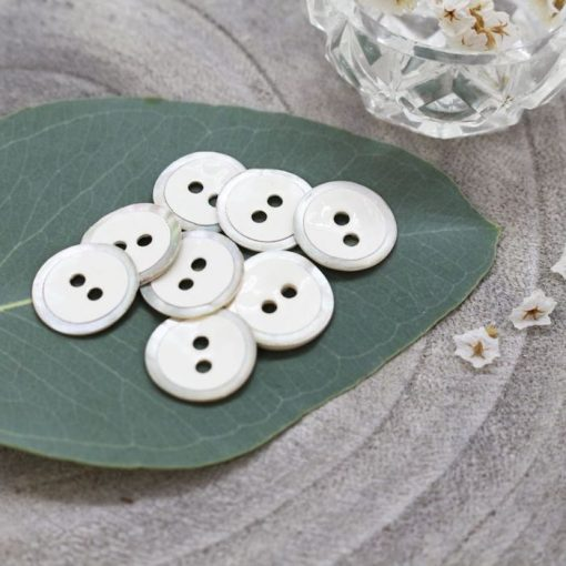 Atelier Brunette halo-buttons-off-white