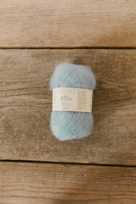 Biches & Bûches silk mohair very light blue