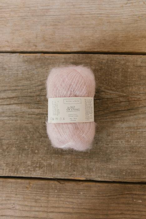 Biches & Bûches silk mohair very light pink