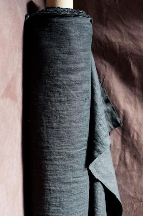 Merchant & Mills Laundered Linen 185gsm- Scuttle Black